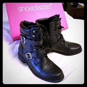 Black combat style boots. Size 7.5.